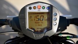 KTM 250 Duke 2017 STD Compare