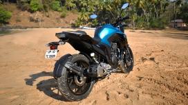Yamaha FZ 2017 25 Compare