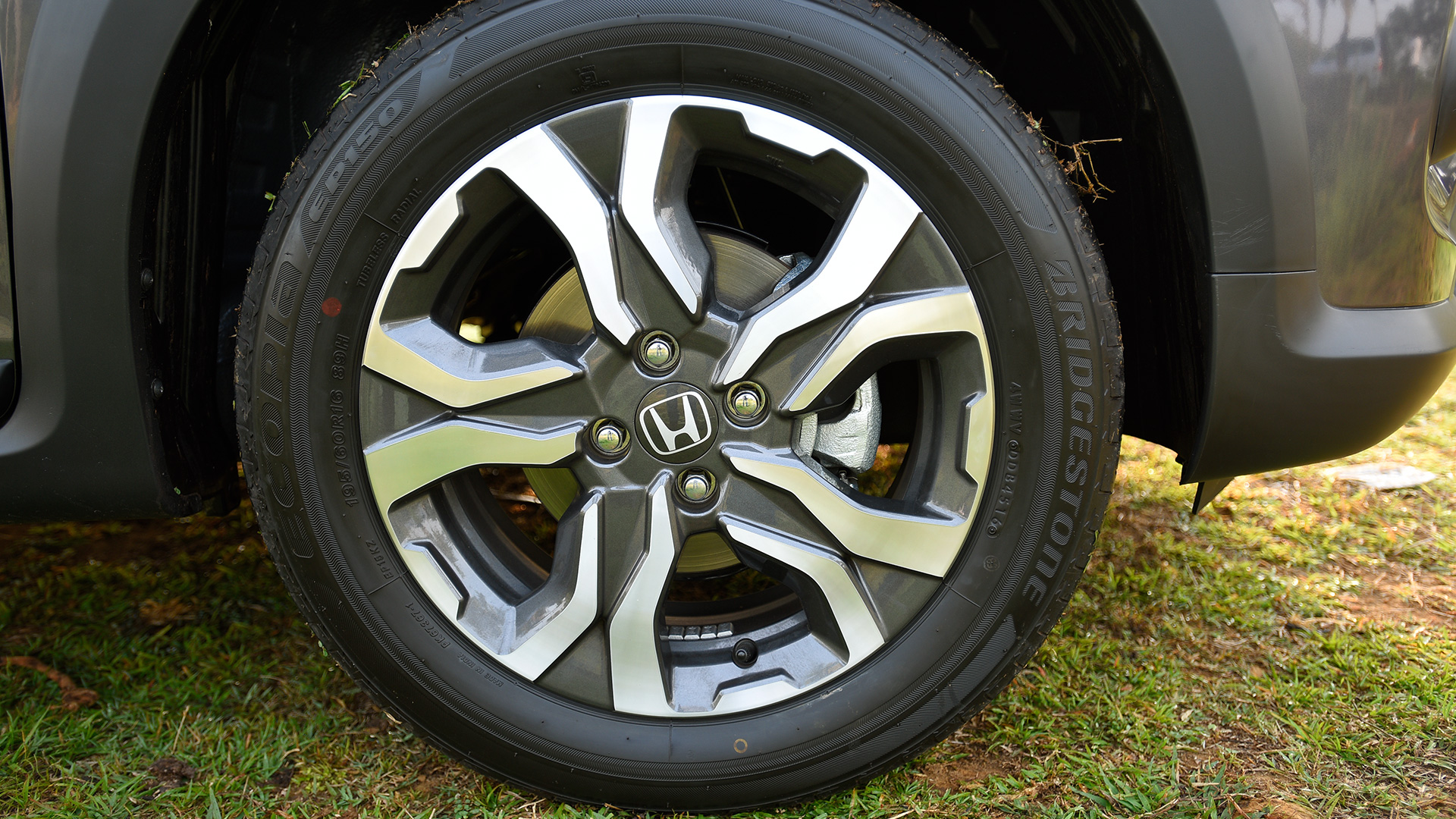 Honda Wr V First Drive Review Overdrive Autos Post