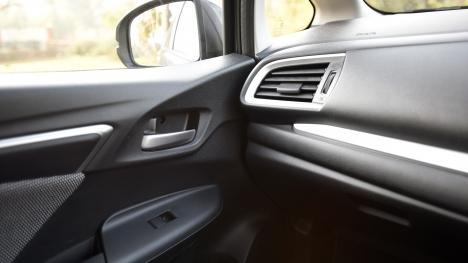 Honda WR-V 2017 Diesel VX Interior