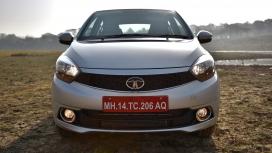 Tata Tigor 2017 Revotorq XZ Compare