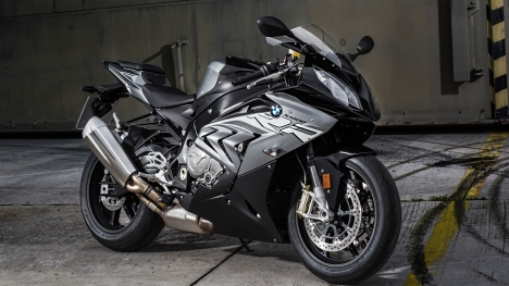 BMW S 1000 RR 2017 - Price, Mileage, Reviews, Specification, Gallery ...