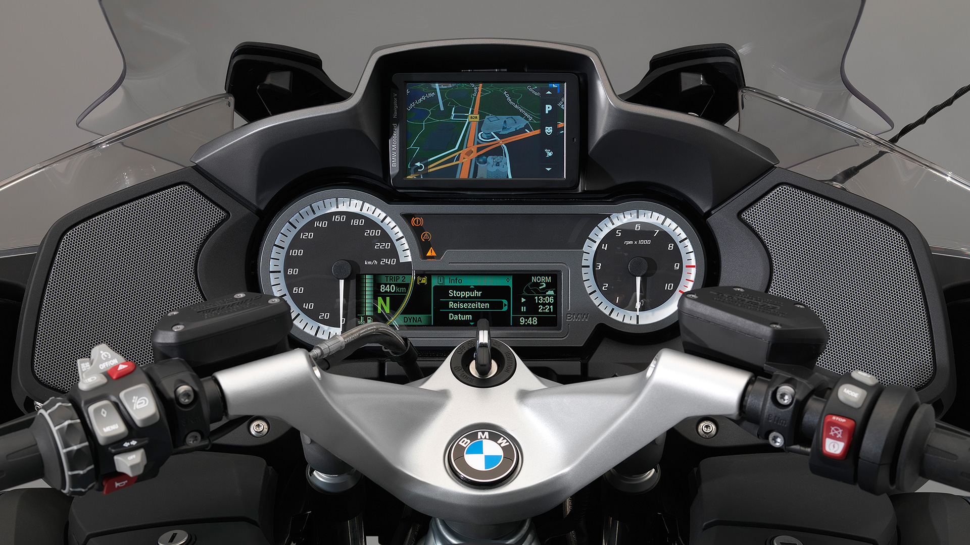 bmw r 1200 rt 2017 pro price mileage reviews. Black Bedroom Furniture Sets. Home Design Ideas