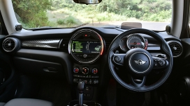 Mini Cooper-S-3-door Interior