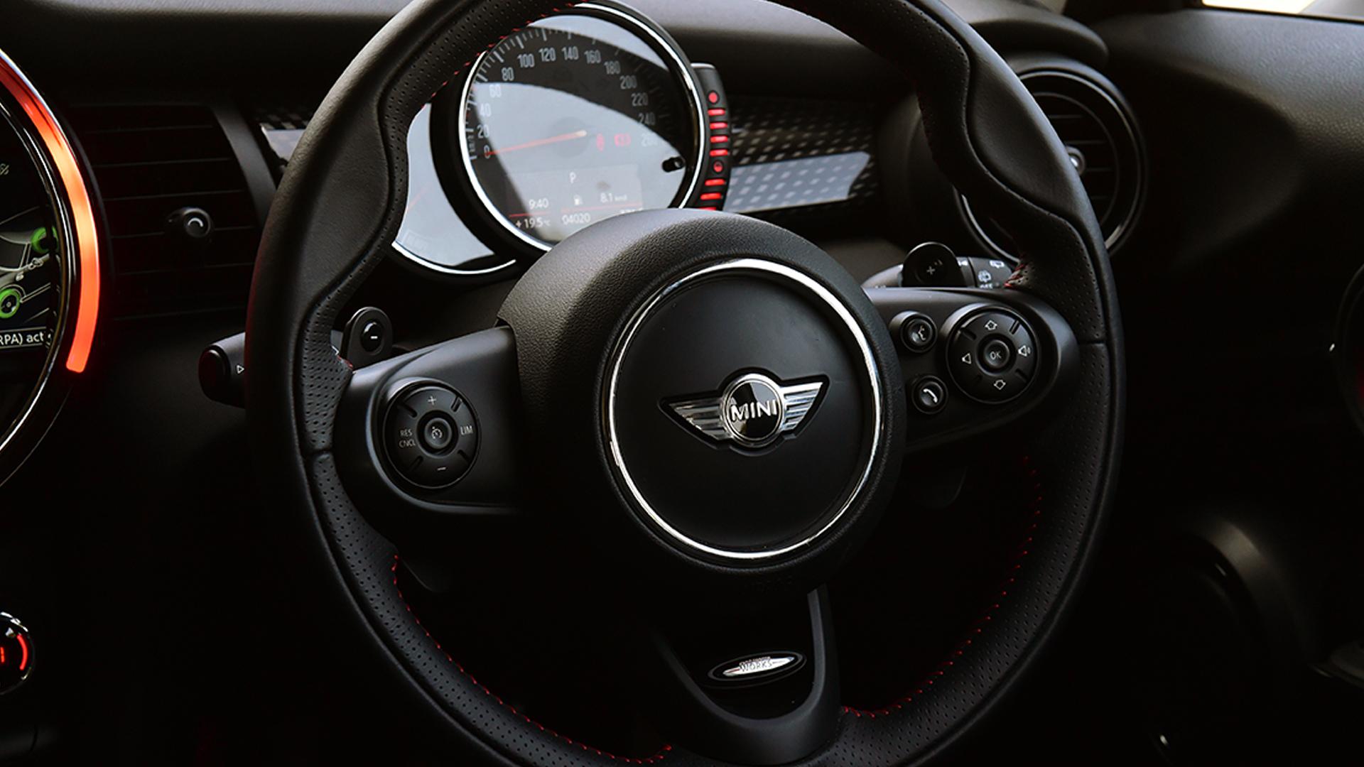 Mini Cooper S 3 Door Interior Car Photos Overdrive
