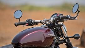 Triumph Bobber 2017 STD Exterior