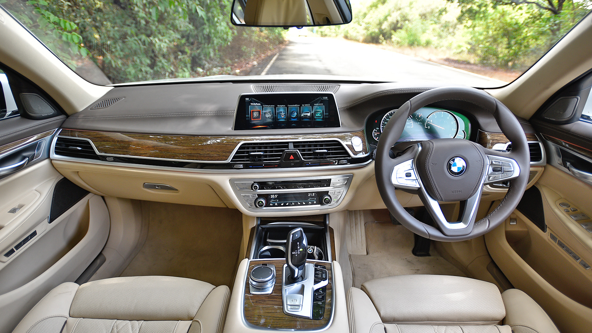 BMW 7 Series 2017 740Li DPE Signature Interior