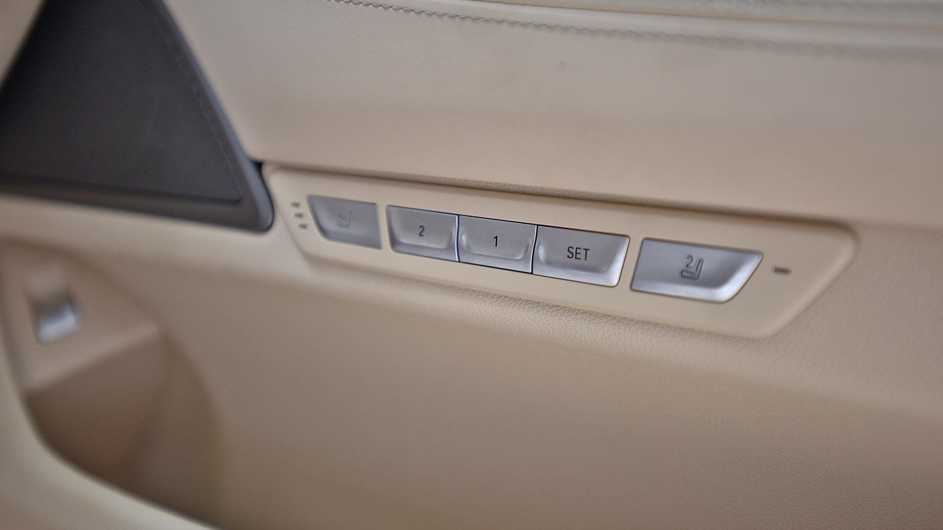 BMW 7 series 2017 740Li DPE Signature Interior