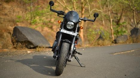 Harley-Davidson Street Rod 2017 STD Comparo