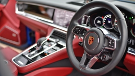 Porsche Panamera 2017 Turbo S Interior