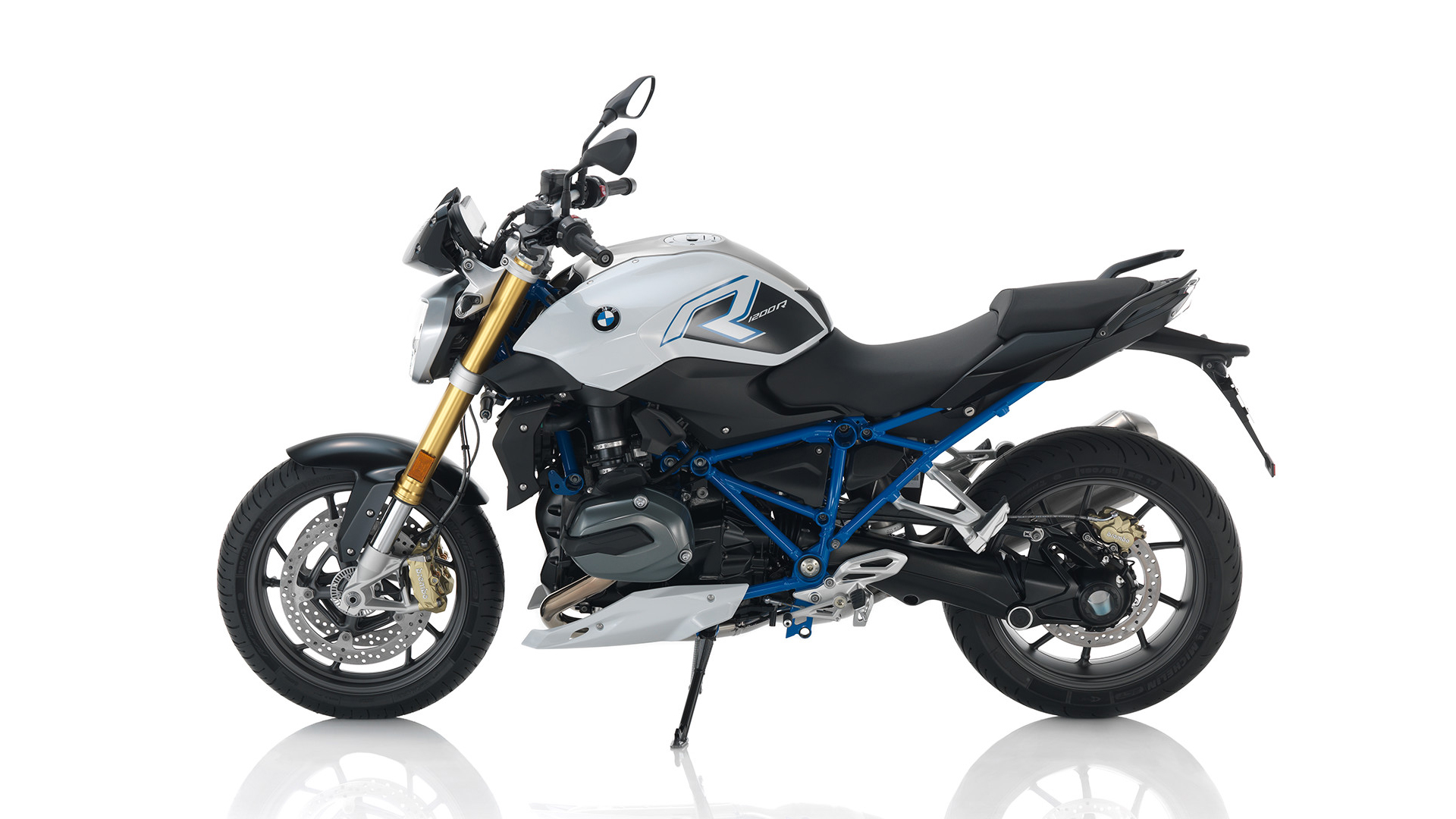 100 2013 bmw r1200r manual bmw r 1200 r classic specs 2010 2011 autoevolution bmw 4. Black Bedroom Furniture Sets. Home Design Ideas