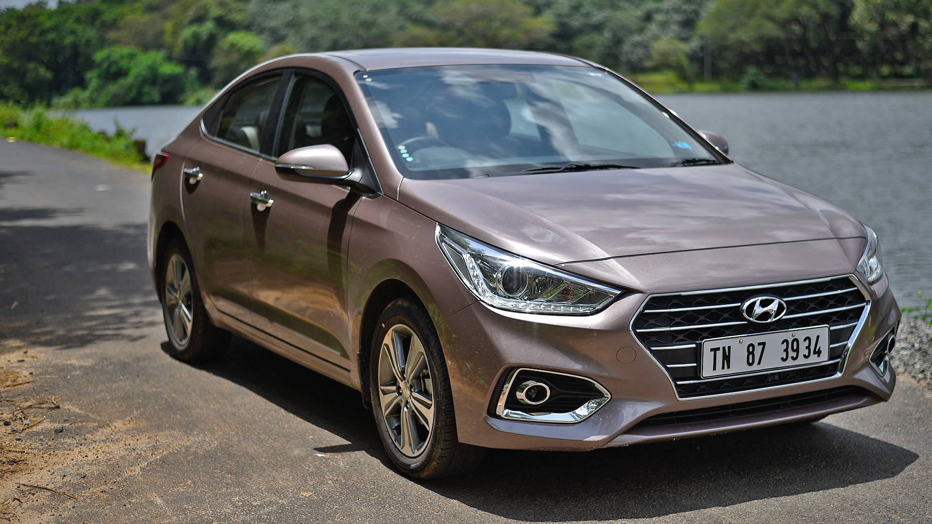 Hyundai Verna 2018 Price Mileage Reviews