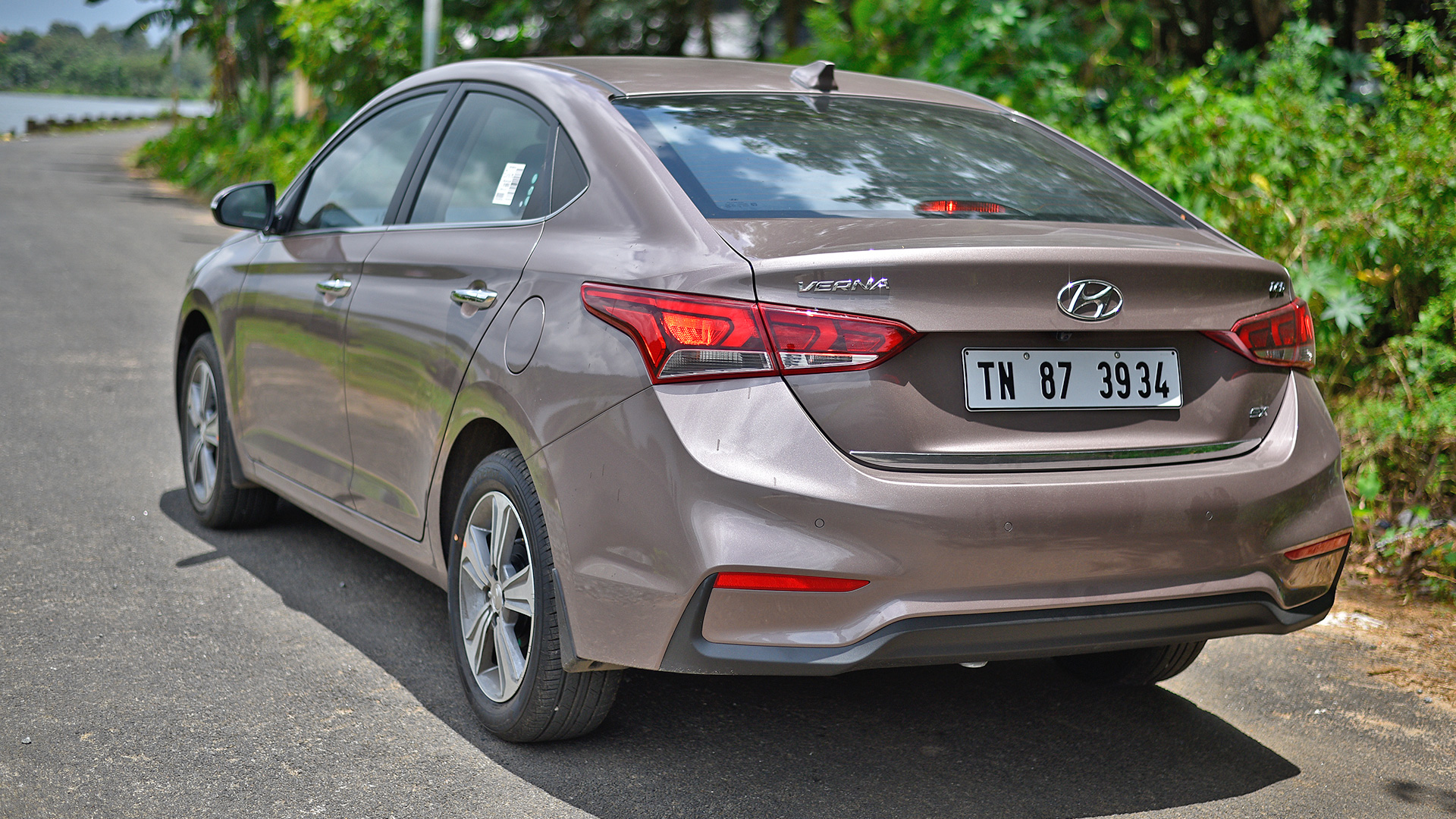 Hyundai Accent Petrol Specification 2015 Hyundai Accent