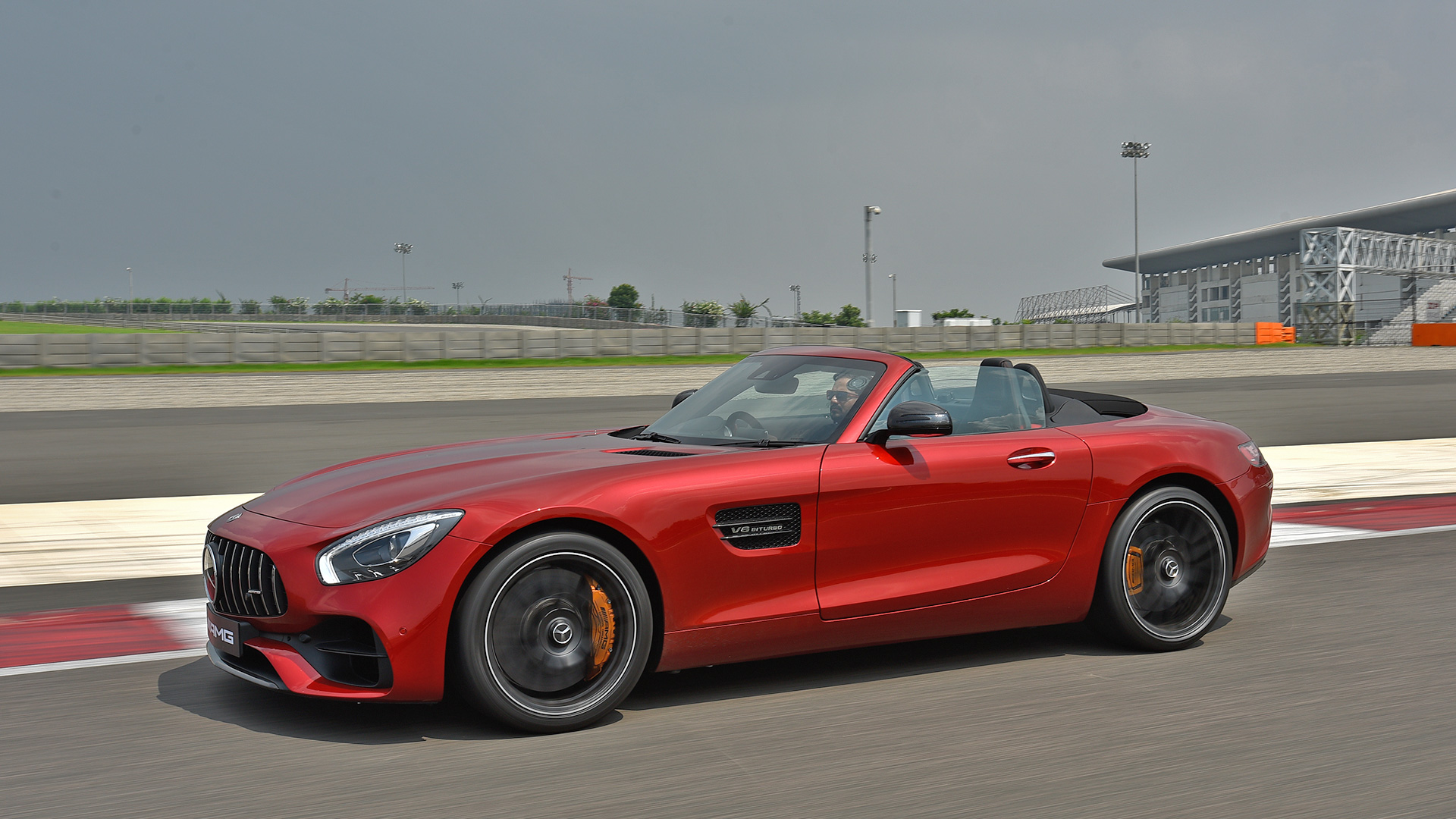 Mercedes benz amg gt 2017 price mileage reviews for Mercedes benz amg gt coupe price