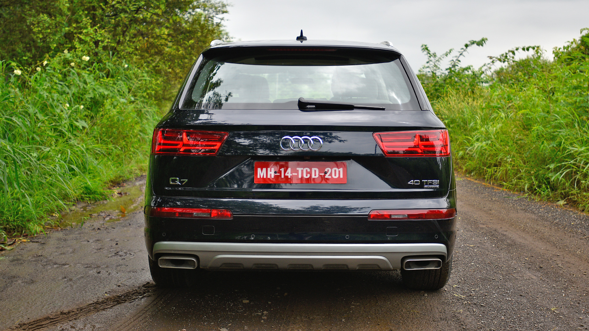 Audi Q7 2017 - Price, Mileage, Reviews, Specification, Gallery - Overdrive