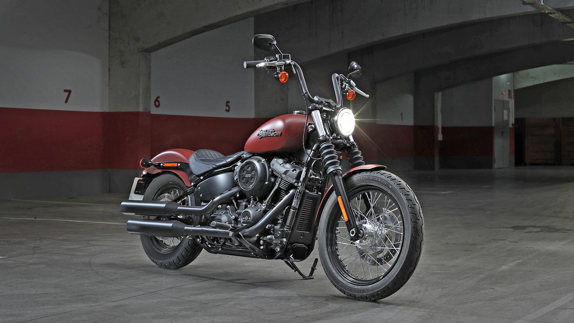 harley davidson street bob 2018 price mileage reviews. Black Bedroom Furniture Sets. Home Design Ideas