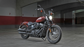 Harley Davidson Street Bob 2018 107
