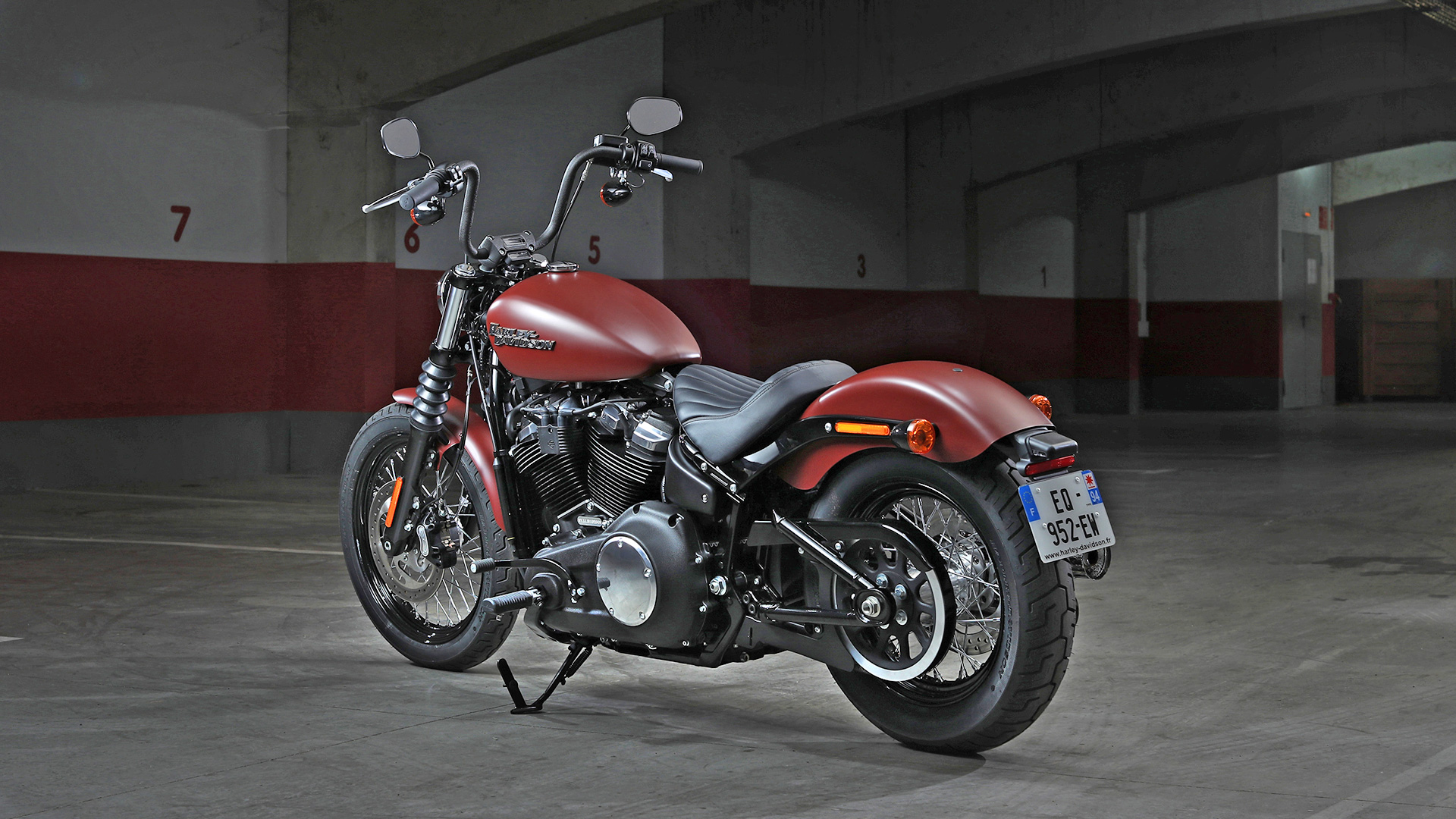 Street Bob M82 on review harley davidson street 750