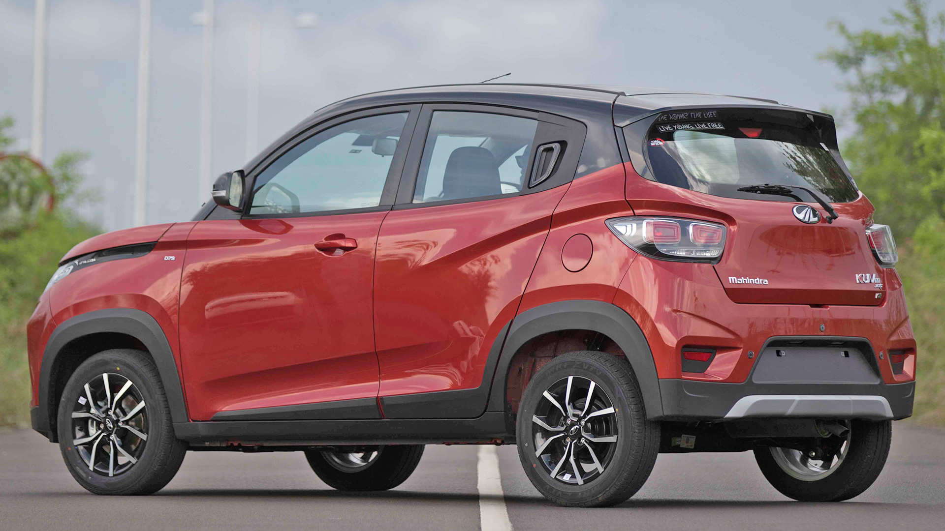 Full Force Diesel >> Mahindra KUV 100 NXT 2017 - Price, Mileage, Reviews, Specification, Gallery - Overdrive