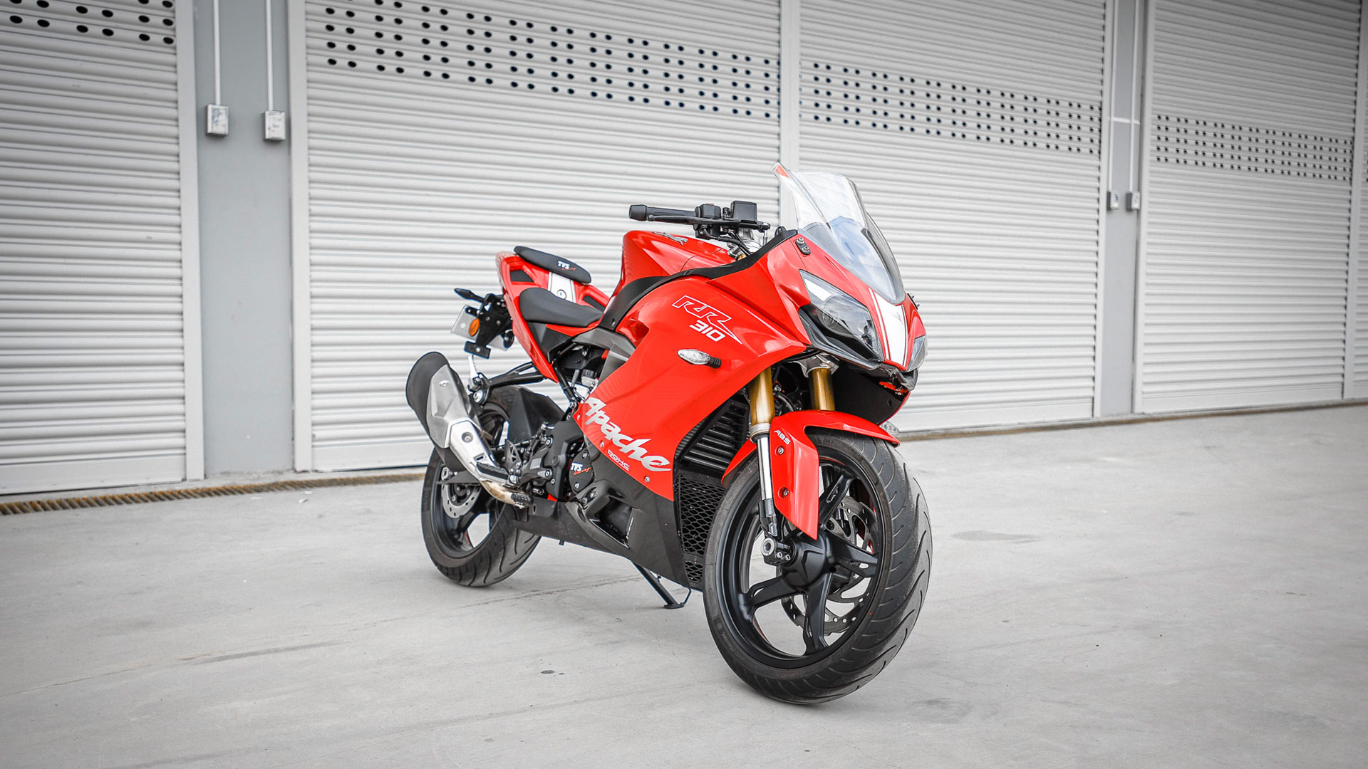 tvs apache rr 310 2018 price mileage reviews specification