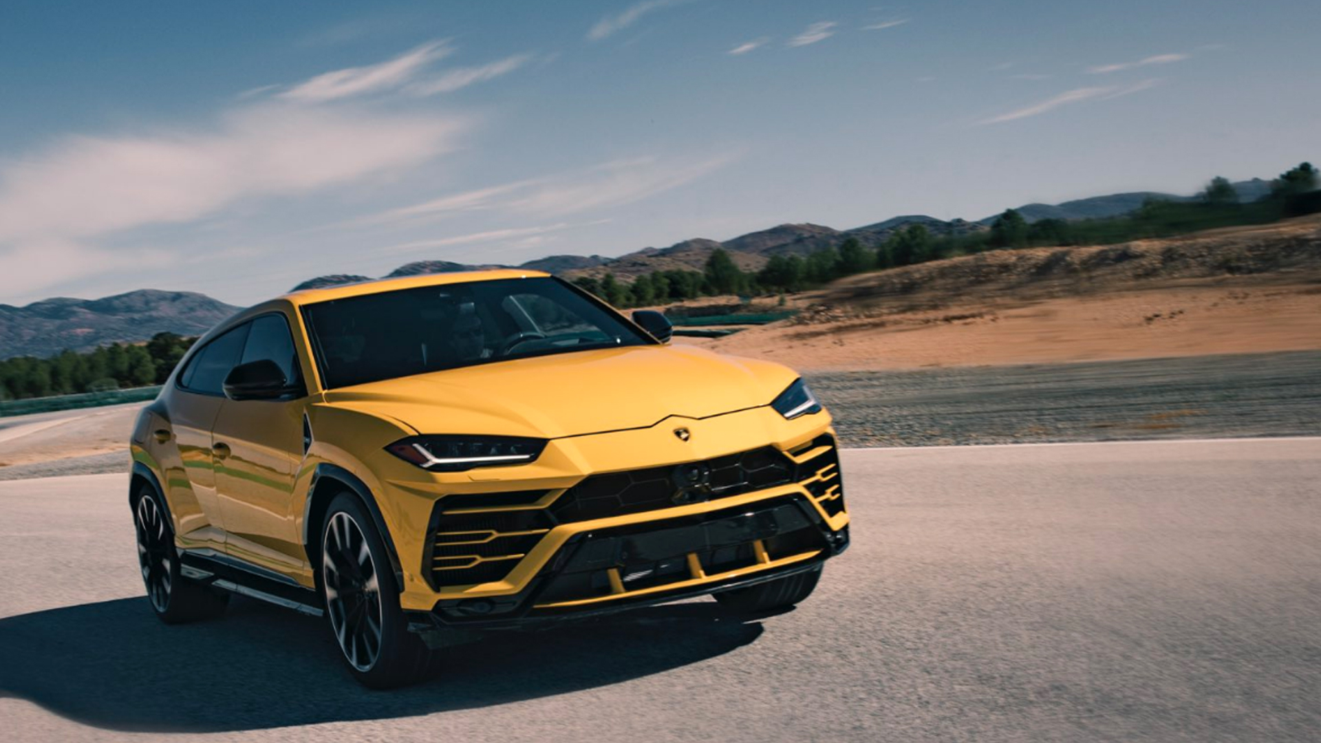 lamborghini urus 2018 - price, mileage, reviews, specification