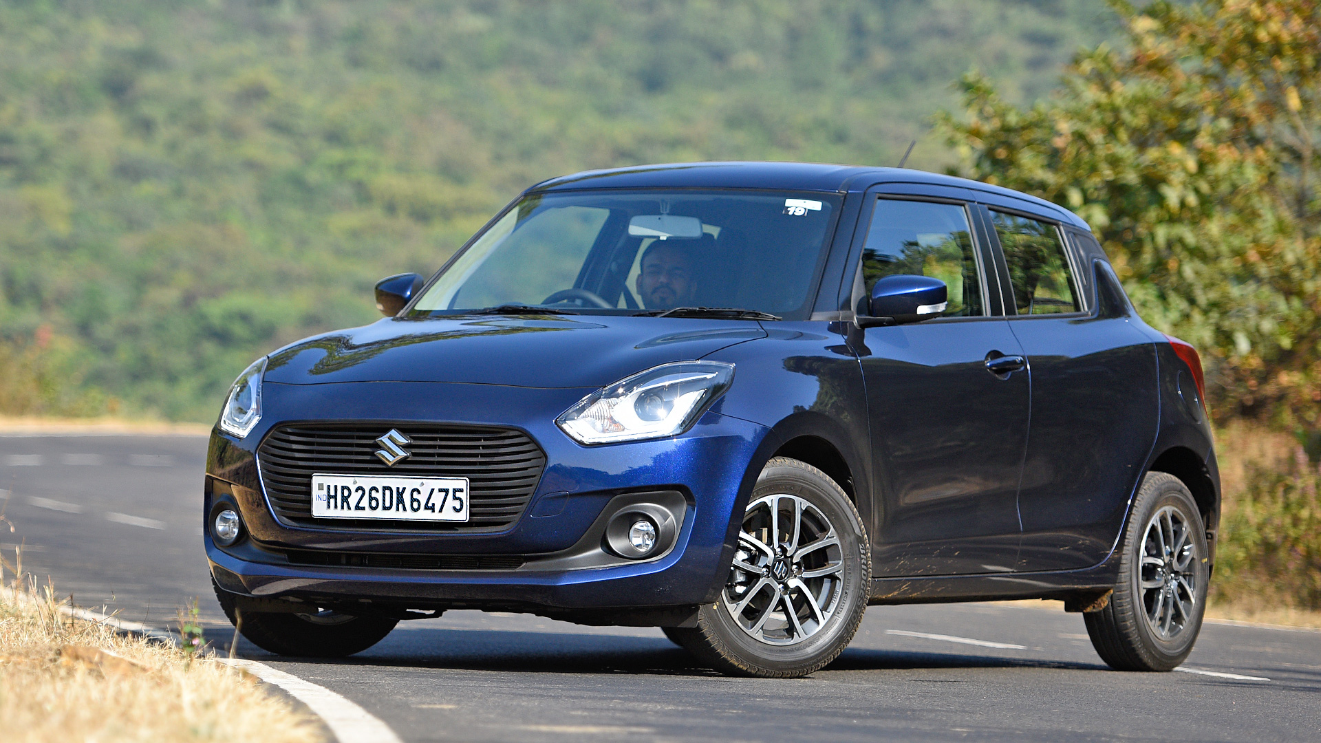 Maruti Suzuki Swift 2018 Zdi Exterior Car Photos Overdrive