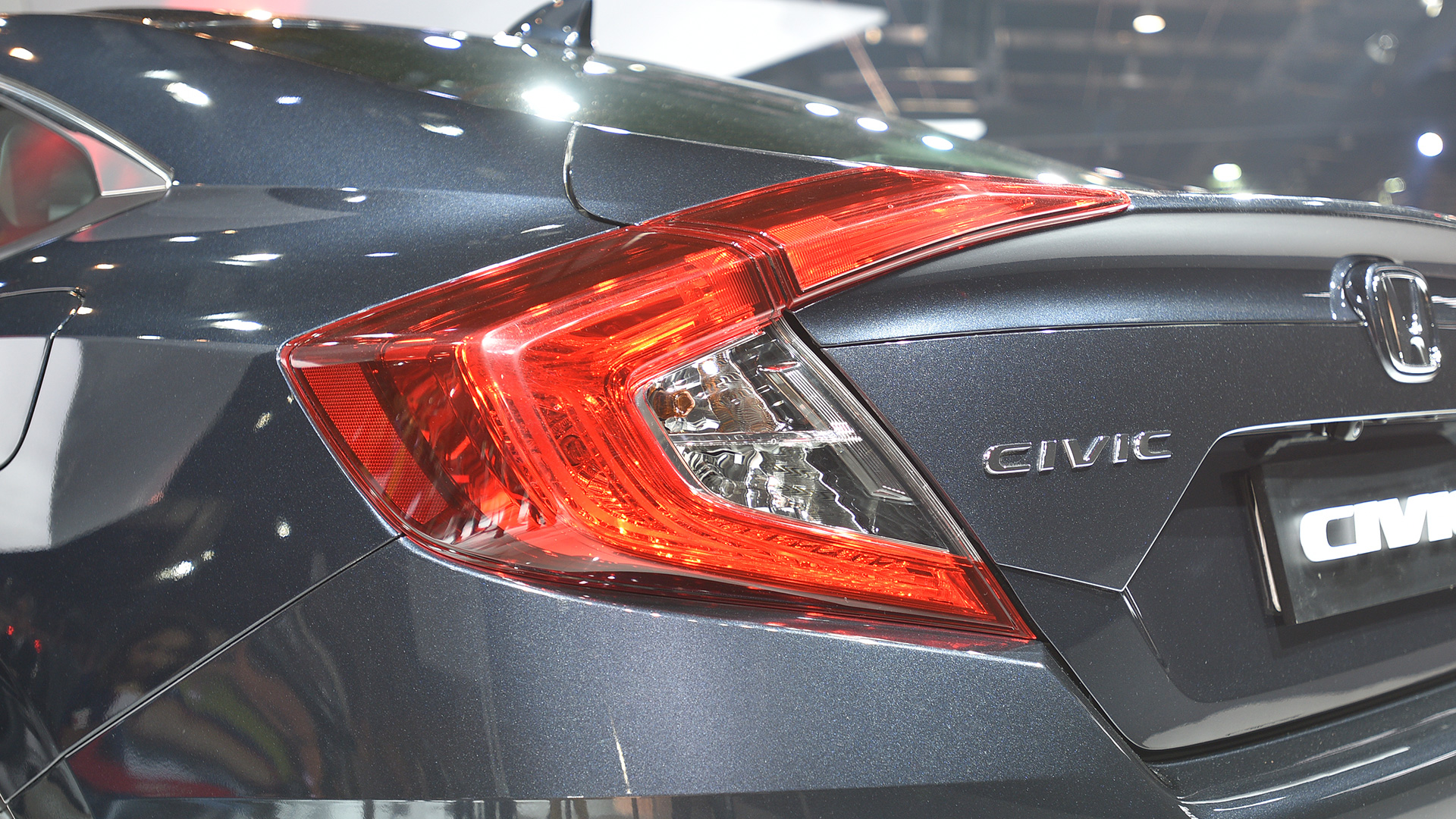 honda civic  std price mileage reviews specification gallery overdrive