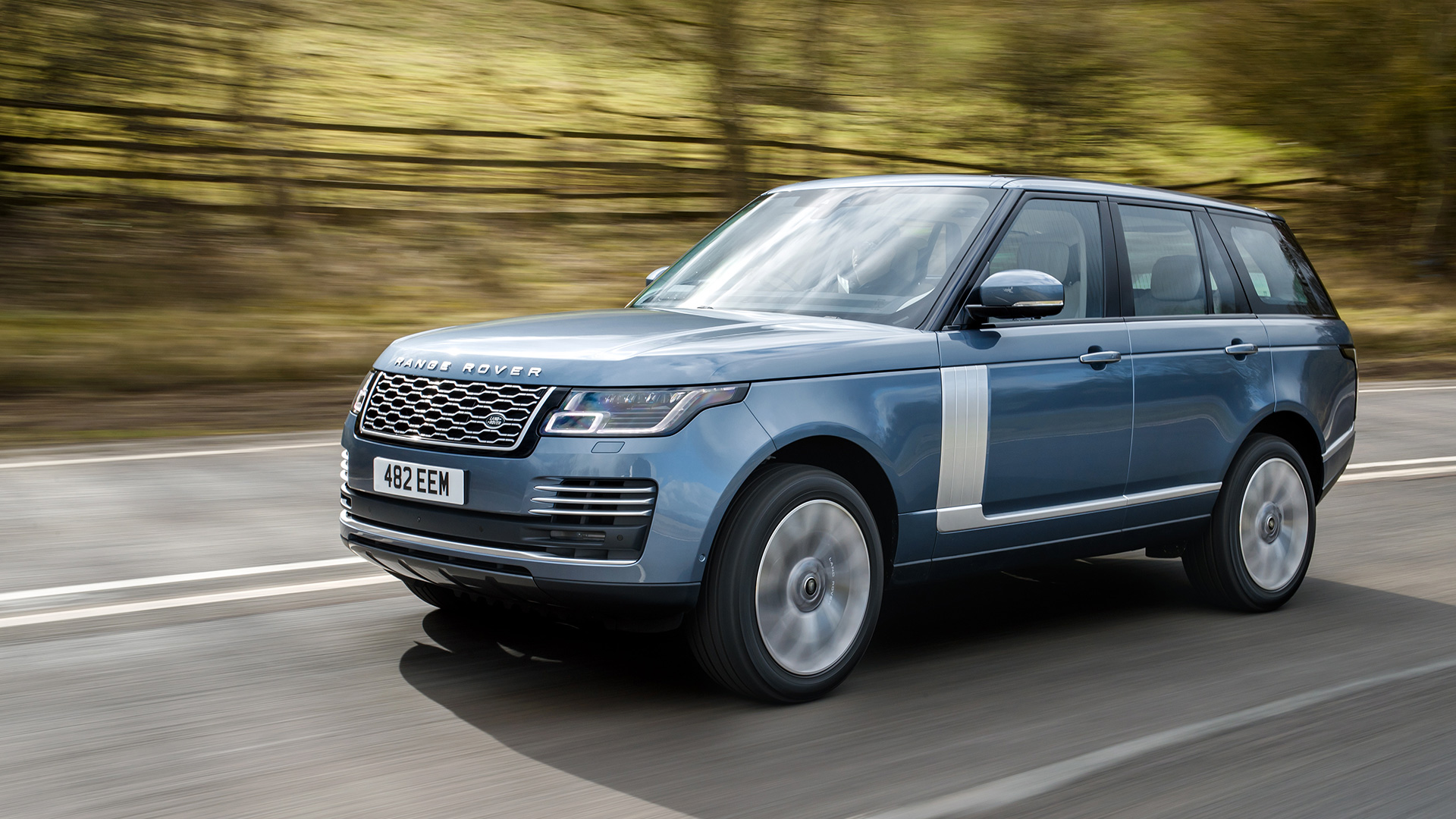 land rover range rover p400e phev 2018 price mileage reviews specification gallery overdrive. Black Bedroom Furniture Sets. Home Design Ideas