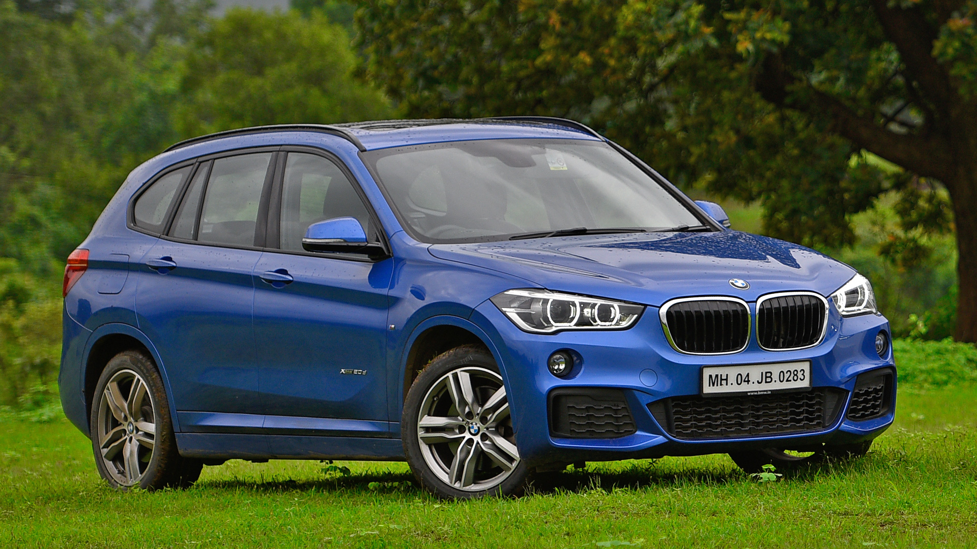 bmw x1 2018 price mileage reviews specification. Black Bedroom Furniture Sets. Home Design Ideas