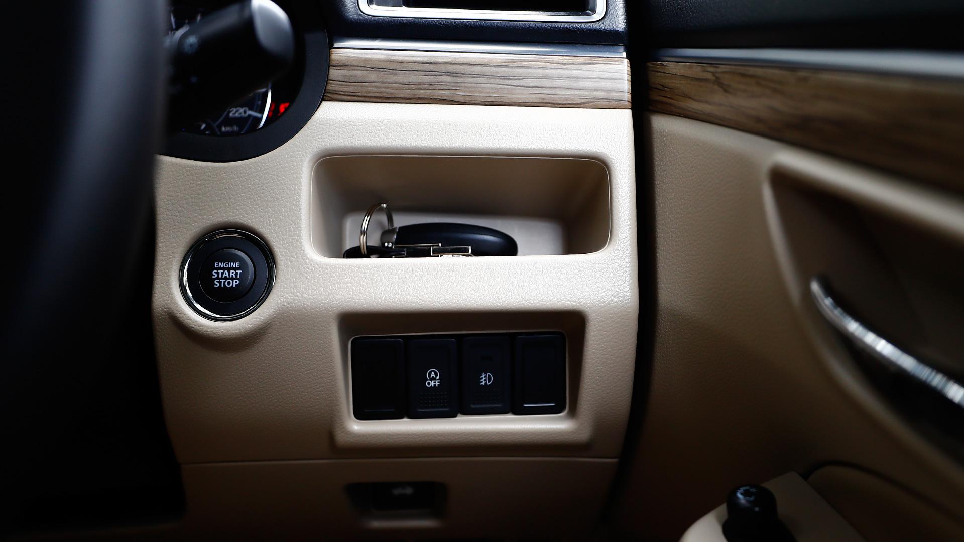 Suzuki Overdrive Button On