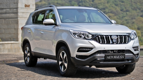 Mahindra Alturas G4 2019 4x4 AT