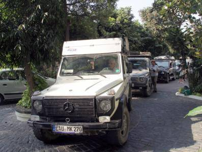 G-Wagon caravan travels from Germany to India