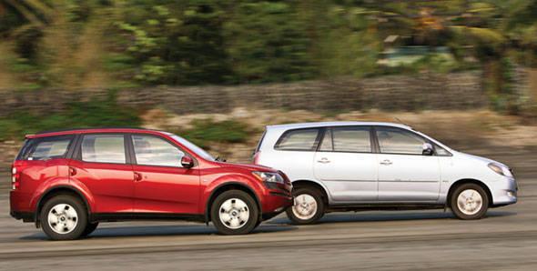 Mahindra XUV500 vs Toyota Innova