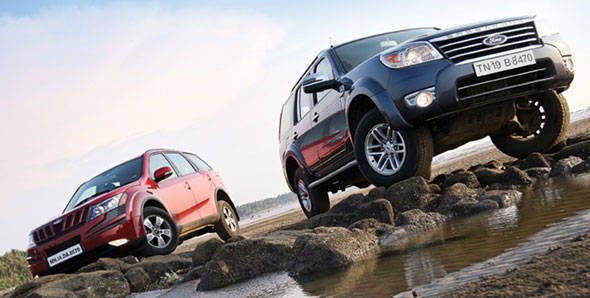 Mahindra XUV500 vs Ford Endeavour
