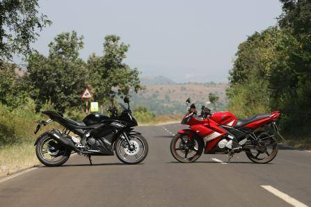 Old Yamaha R15 versus new Yamaha R15 version 2.0