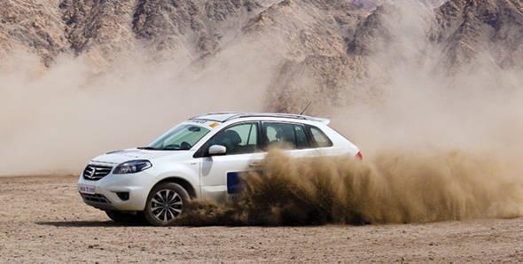 Renault Koleos to Leh