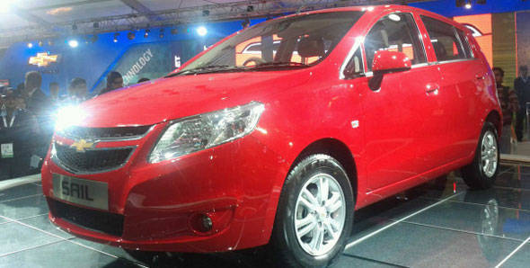 Auto Expo 2012: GM unveils Chevrolet Sail hatchback and Chevrolet MPV