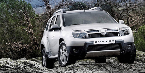 Auto Expo 2012 - Renault launches the Pulse and unveils the Duster