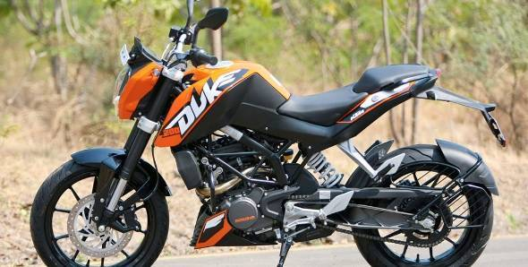is the ktm 390 duke the best among equals, at least on paper