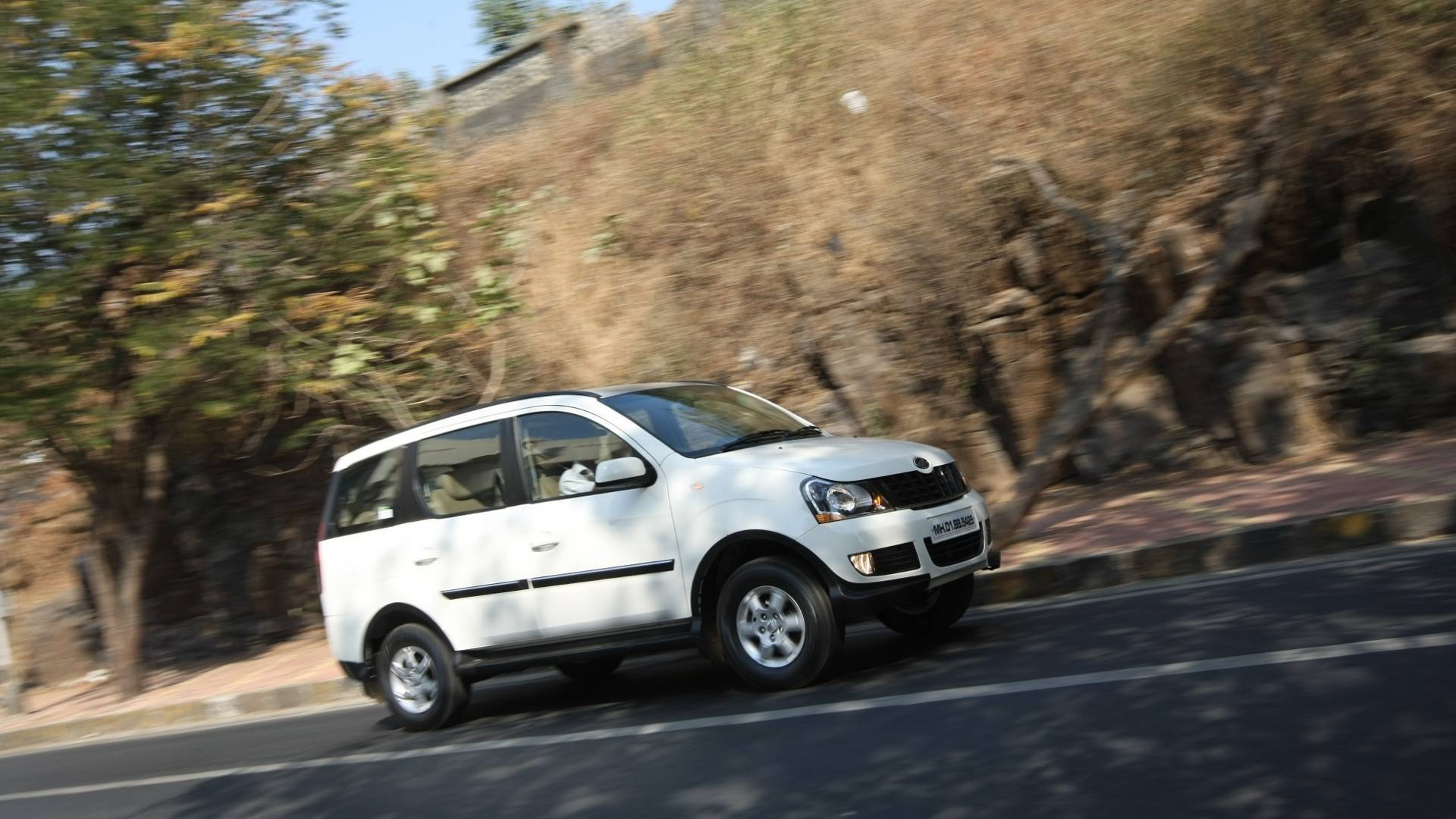 2012 Mahindra Xylo E9 roadtest
