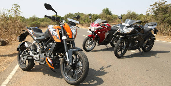 KTM 200 Duke vs Yamaha R15 v2.0 vs Honda CBR250R