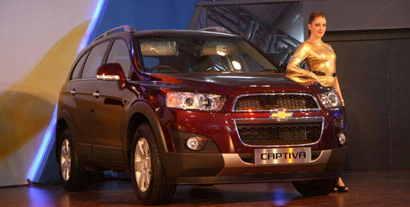 Chevrolet launches updated Captiva in India