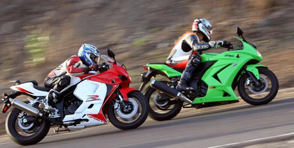 Ninja 250r vs GT250R