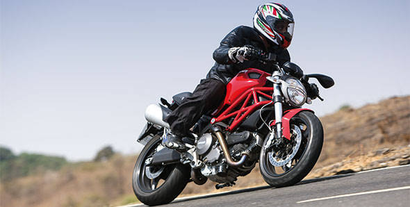 2012 Ducati Monster 795 in India road test