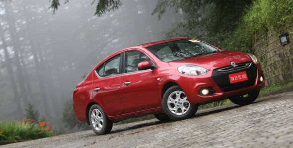 2012 Renault Scala in India first drive