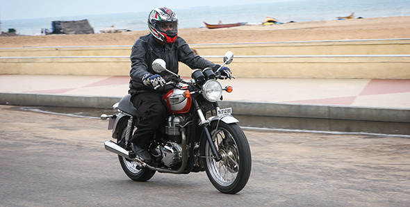 Triumph Bonneville India first ride