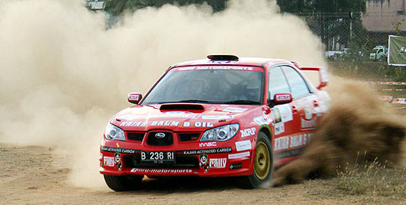 Zuhin-A-and-co-driver-Musa-Sherif-set-the-fastest-time-in-the-Super-Special-Stage-of-the-Coffee-Day-Rally,-the-third-round-of-the-INRC-(1).jpg