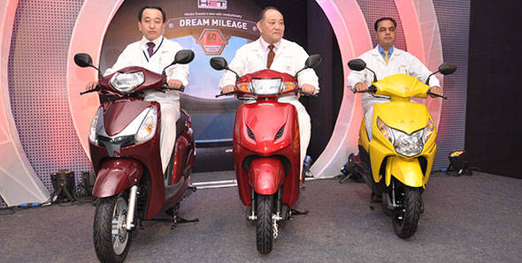 Honda launches its 2013 range of scooters in India with HET