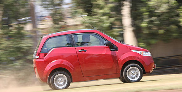 2013 Mahindra e2o in India first drive