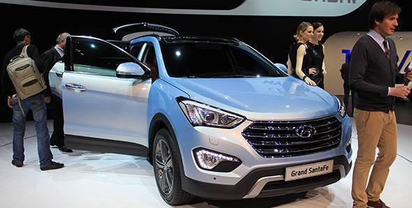 2013 Geneva Auto Show: Hyundai Santa Fe Grand